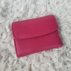Buxton hot pink wallet